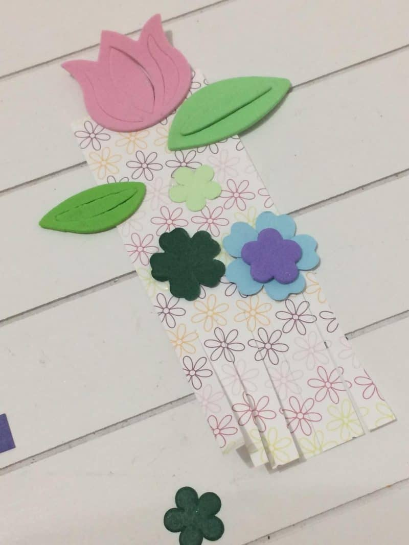 simple easter crafts, spring craft, simple bookmark