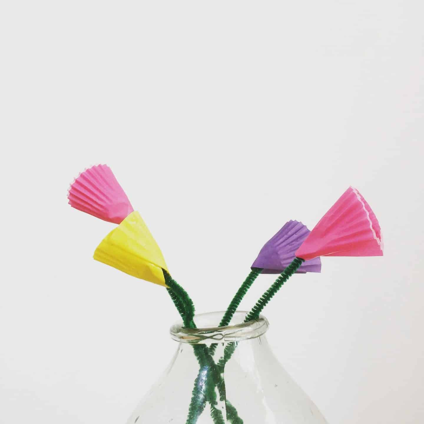 4 Super Simple Flower Crafts